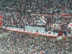 Striscione Milan-PSV (Spaziomilan)