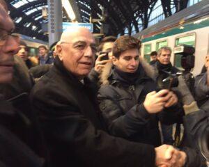 Galliani in stazione Centrale.
