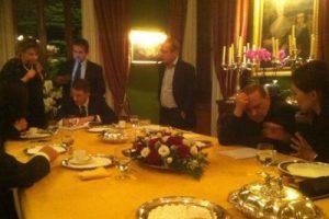 Berlusconi-cinesi1