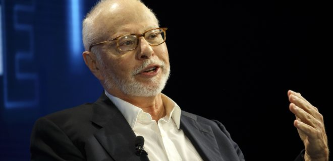 Paul Singer, president of Elliott Management Corp., speaks during the WSJDLive Global Technology Conference in Laguna Beach, California, U.S., on Tuesday, Oct. 25, 2016. The conference brings together an unmatched group of top CEOs, founders, pioneers, investors and luminaries to explore tech opportunities emerging around the world. Photographer: Patrick T. Fallon/Bloomberg via Getty Images